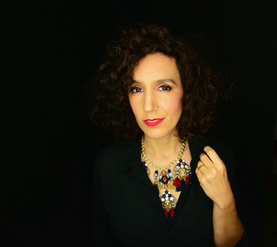 Gabrielle Stravelli, Singer/Songwriter