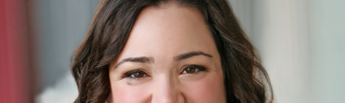 Maria Pendolino – Voiceover And and Founder of BLUE WAVE VOICEOVER