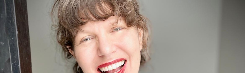 Emily Lockhart – New York Times Bestselling Author